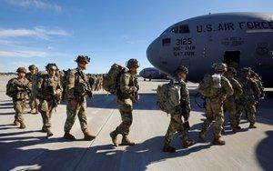 Tropas de los EEUU se desplazan a Oriente Medio.