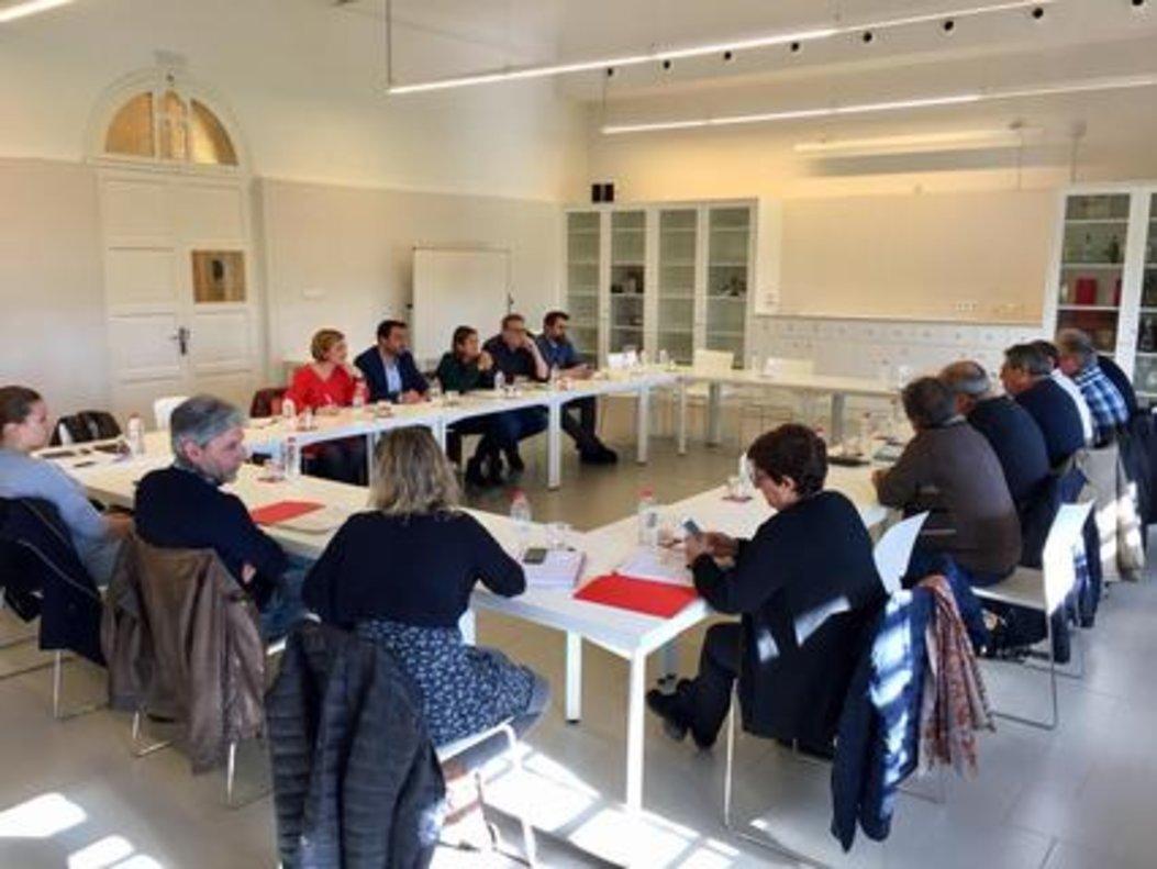 Encuentro de colaboración entre los Ayuntamientos de Badalona y Santa Coloma.