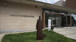 Entrada de la Clínica Sant Joan de Déu en Sant Boi de Llobregat.