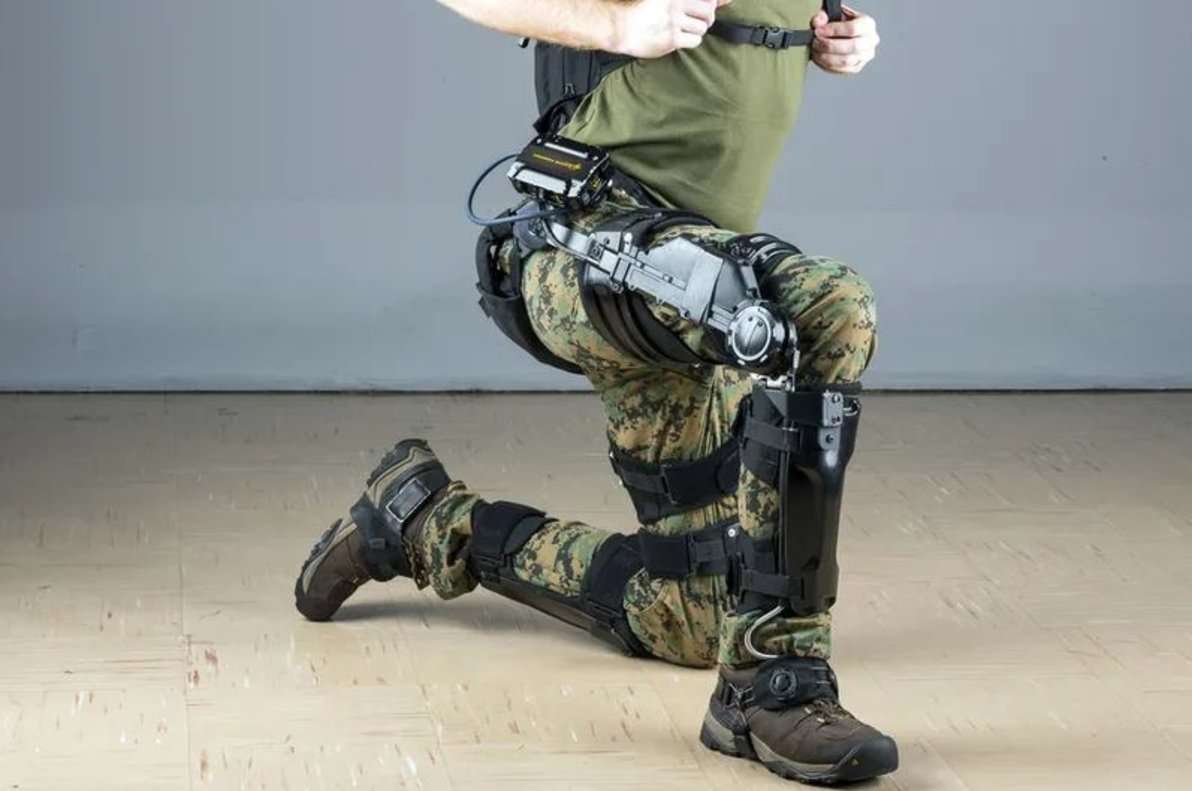 Un exoesqueleto.