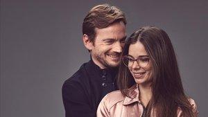 Guillermo Pfening y Laia Costa, protagonistas de la serie de Isabel Coixet 'Foodie love' (HBO).