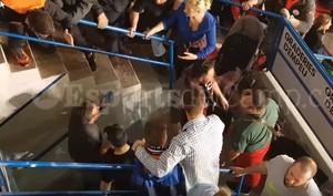 Independentistas catalanes y unionistas, a puñetazos en un partido de hockey en Reus
