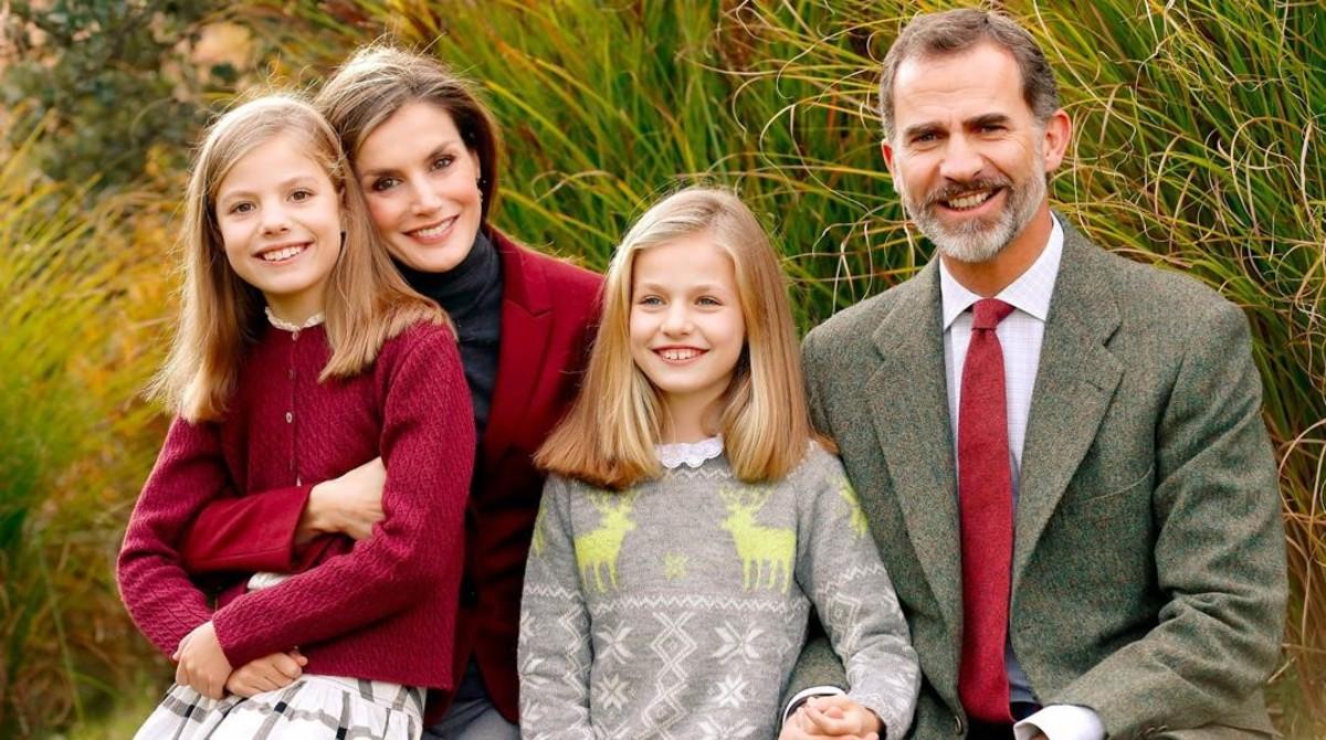 De izquierda a derecha, la infanta Sofía, la reina Letizia, princesa de Asturias Leonor,y el rey Felipe VI.