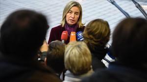 La jefa de la diplomacia europea, Federica Mogherini, en la rueda de prensa tras el reunión de ministros de Exteriores de la UE.
