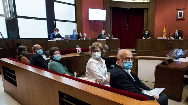 Juicio a los compañeros de Forcadell en la Mesa del Parlament.