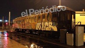 Estado en el que quedó el histórico vagón del Metro de Barcelona.