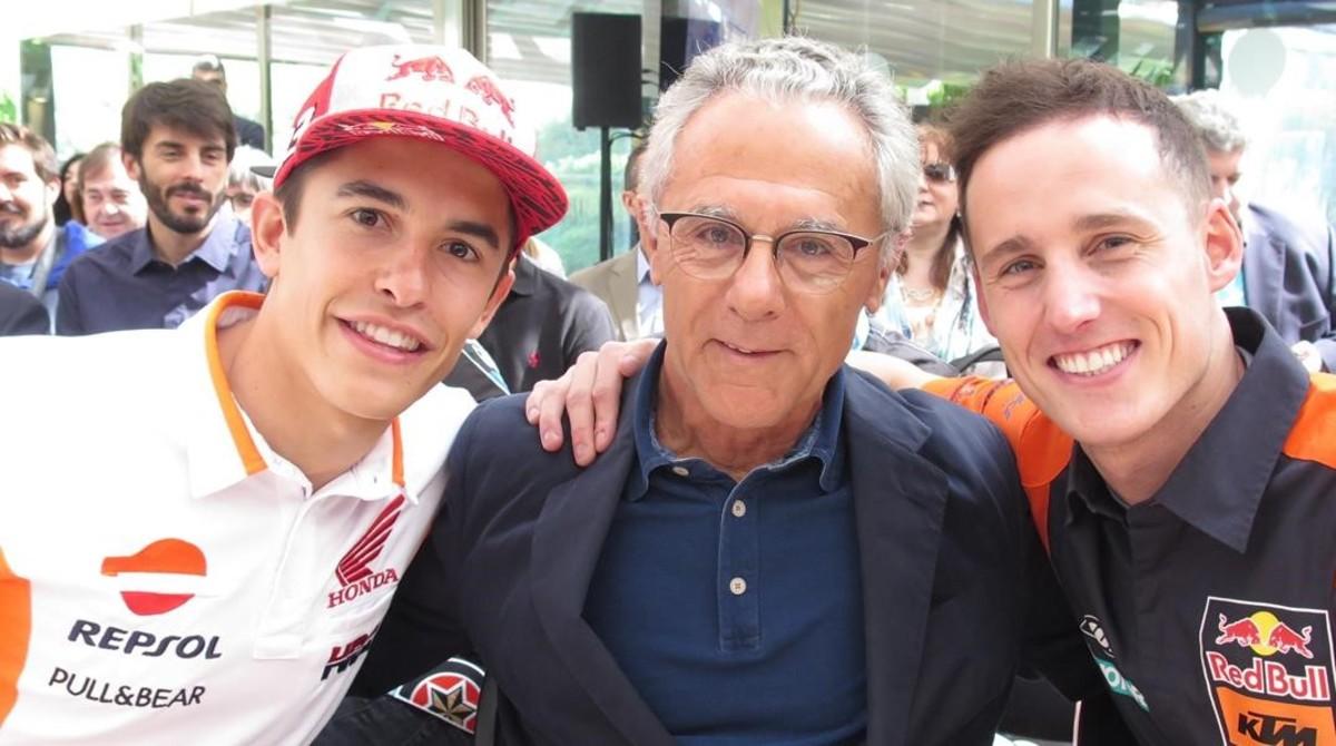 Marc Márquez, Salvador Cañellas, que hace 50 años se convirtió en el primer español en ganar un GP del Mundial, y Pol Espargaró.