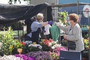 Parets amplia l'espai del mercat setmanal de Can Berenguer per garantir la seguretat