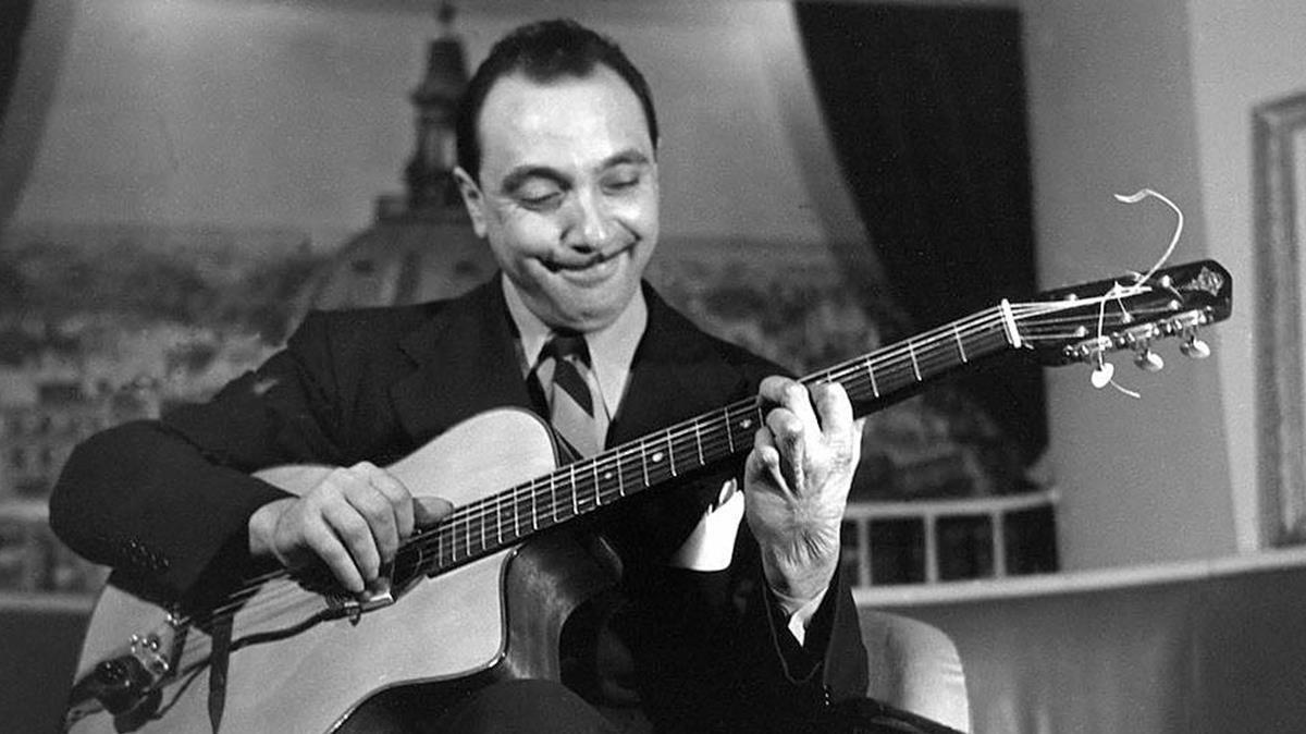 El músico de jazz manouche Django Reinhardt.
