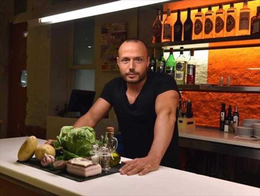 Oriol Falgueras, en el restaurante Lluís de Les Moles (Les Moles, 25).