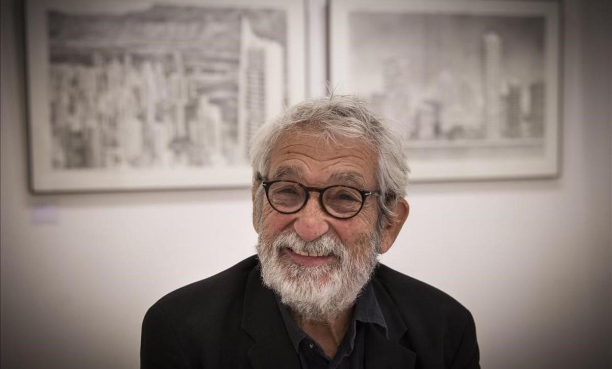 Oscar Tusquets presenta una exposición sobre Benidorm en la galería Ignacio de Lassaletta.
