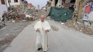 El Papa, en Amatrice.