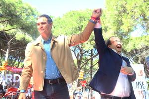 Pedro Sánchez y Miquel Iceta, en Gavà.
