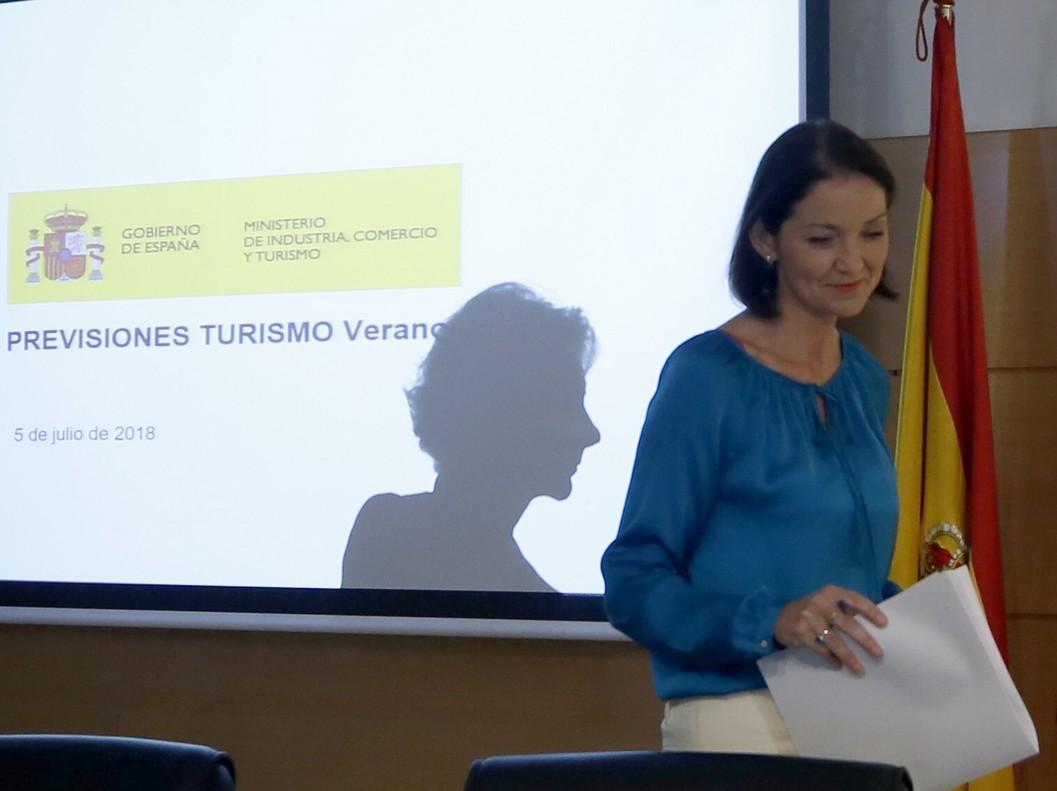 La ministra de Industria, Reyes Maroto, presenta las previsiones turísticas del verano 2018.