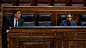 El presidente del Gobierno, Pedro Sánchez, y el vicepresidente segundo, Pablo Iglesias, en el Congreso, el pasado 27 de mayo.