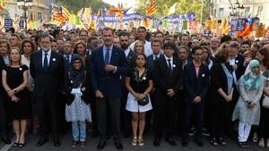Protestas contra la presencia de Felipe VI y otros dirigentes después del 17-A