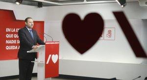 El secretario de Organización del PSOE y ministro de Transportes, José Luis Ábalos, este 16 de noviembre tras la reunión de la ejecutiva federal del partido en Ferraz.