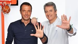 Manu Carreño y Manolo Lamacelebranlos diez años de Los Manolos.