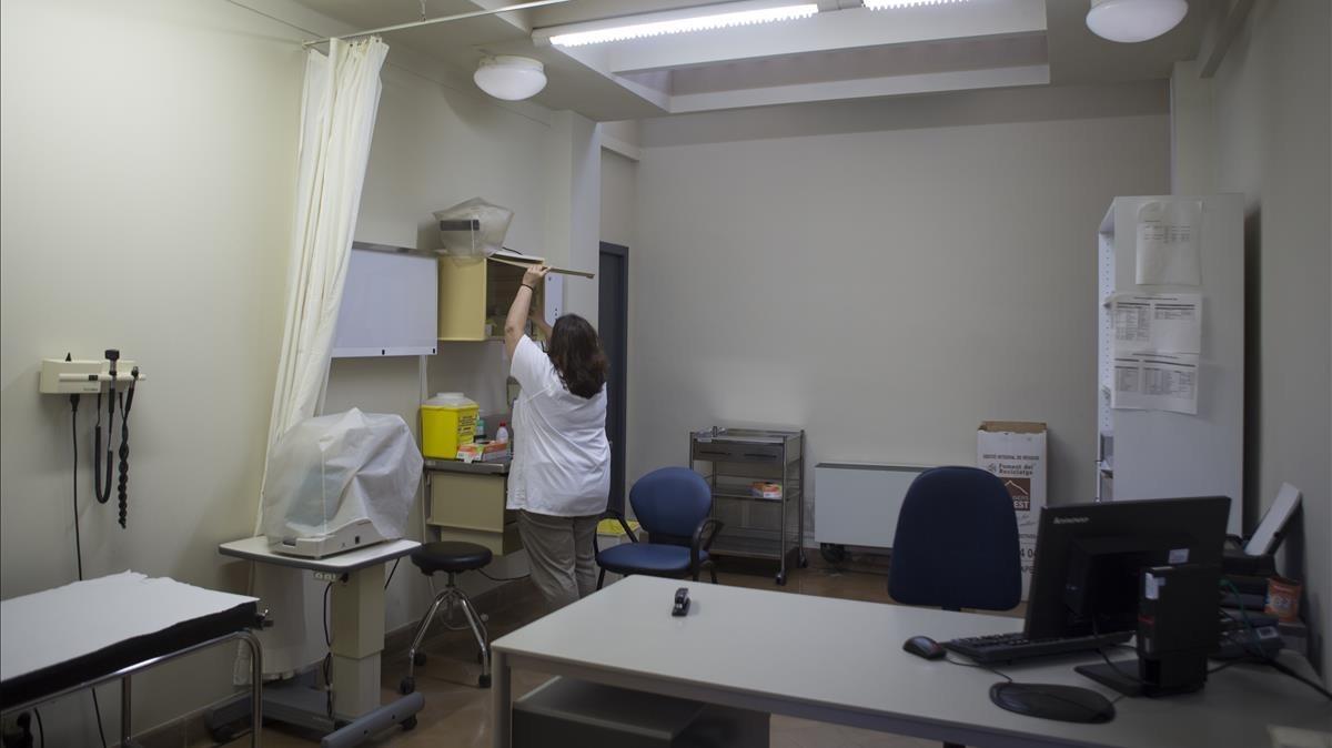 Una consulta sin ventanas ni ventilación en el CAP Raval Nord.