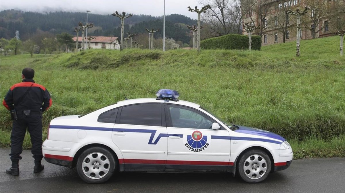Una patrulla de la Ertzaintza