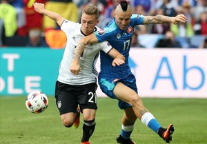 Alemanya treu el corró contra Eslovàquia i ja espera el guanyador de l'Itàlia-Espanya (3-0)