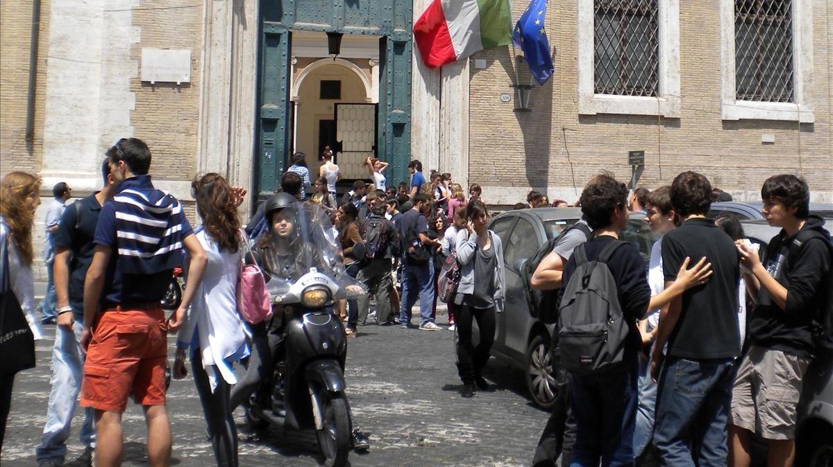 Itàlia, en emergència educativa