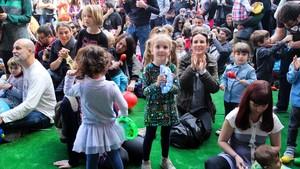 Minimúsica: anar de la mà al festival