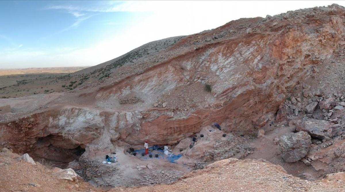 Excavaciones en el yacimiento paleontológico de Jebel Irhoud, a unos 100 kilómetros de Marrakesh.