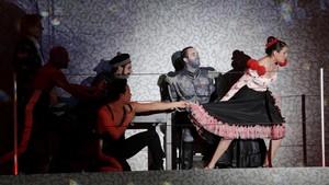 Una escena de la producción de'Die soldaten', de Zimmermann, dirigida por Carlus Padrissa, en Colonia.
