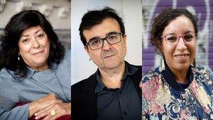 De izquierda a derecha, Almudena Grandes, Javier Cercas y Najat El Hachmi.