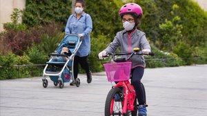 Els nens tornaran a l'escola malgrat la incògnita de si són vectors de contagi