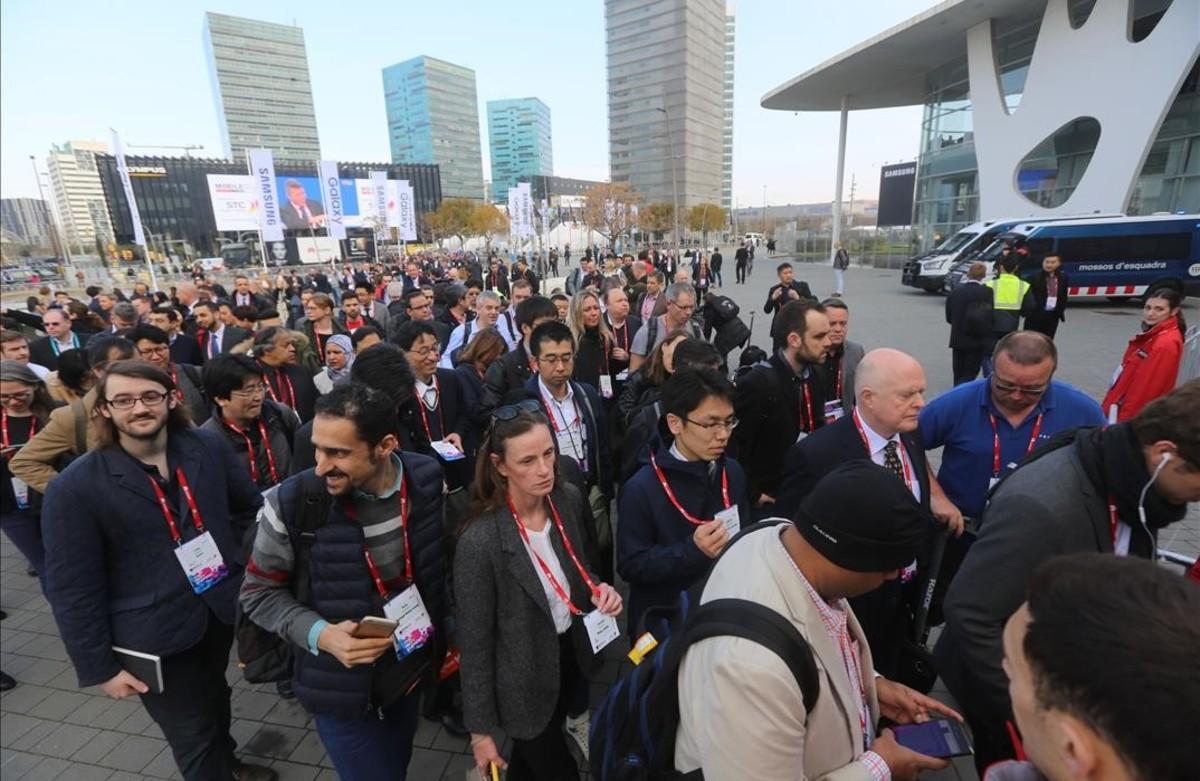 Acceso principal del Mobile World Congress en Fira de Barcelona.