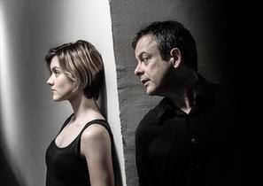 Mima Riera y David Bagés, en Paraules encadenades, dirigida por Sergi Belbel en La Villarroel.