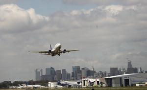 Aerolíneas Argentinas anula sus vuelos con Venezuela por razones operativas