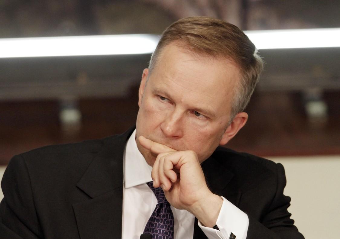 Gobernador banco central letón, sospechoso de aceptar soborno 100.000 euros