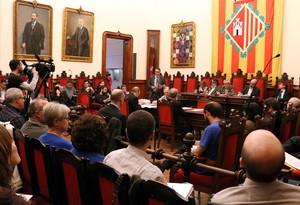 El pleno del Ayuntamiento de Terrassa aprueba definitivamente la municipalización del agua.