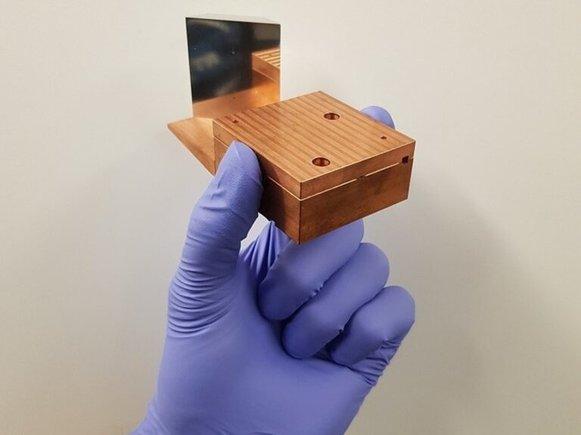 Un acelerador de partículas de bolsillo trabaja casi a la velocidad de la luz