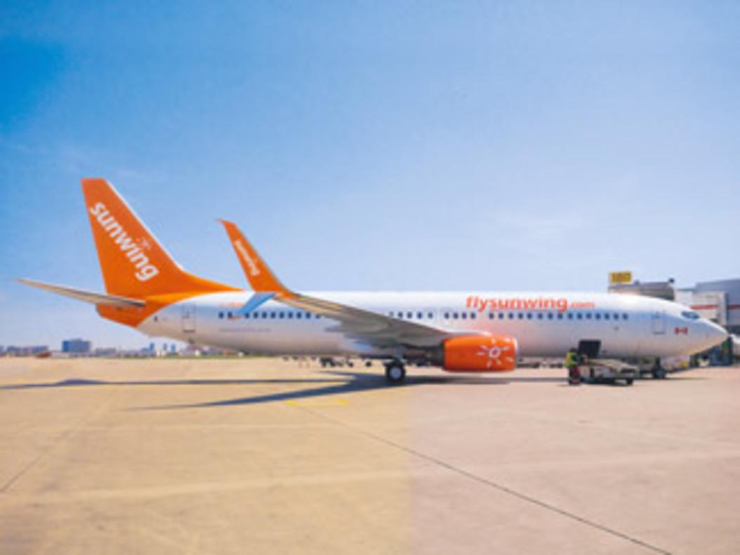 Un Boeing 737-800 de la compañía Sunwing Airlines, en una imagen de archivo.