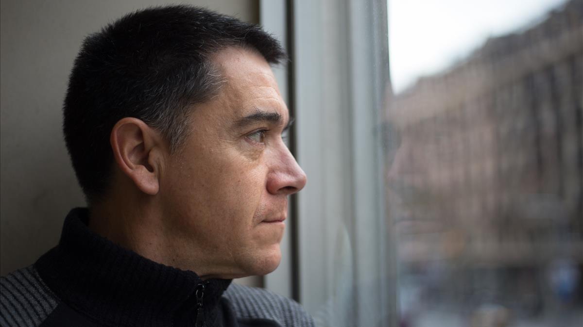 El escritor y periodista Martí Gironell, en Barcelona.