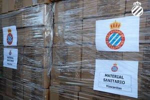 L'Espanyol dona 6.000 mascaretes als hospitals