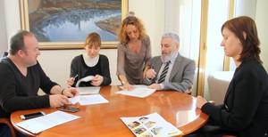 Firma del convenio de colaboración entre el Ayuntamiento de Sant Boi y la ONCE.