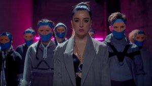 Lola Índigo presenta el videoclip de 'Fuerte', el tema oficial de la nueva temporada de 'Fama a bailar'