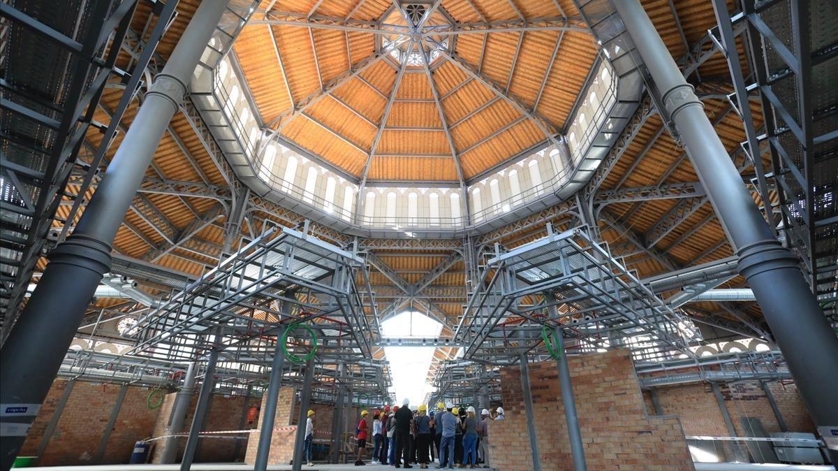 Interior del Mercat de Sant Antoni.