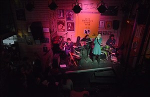 Jam session en el Jazz Sí,de la calle de Recasens.