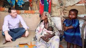 Justin Forsytn, en Somalia en el 2012, en su época como consejero delegado de Save the Children.
