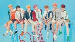 Los BTS en una foto promocional.