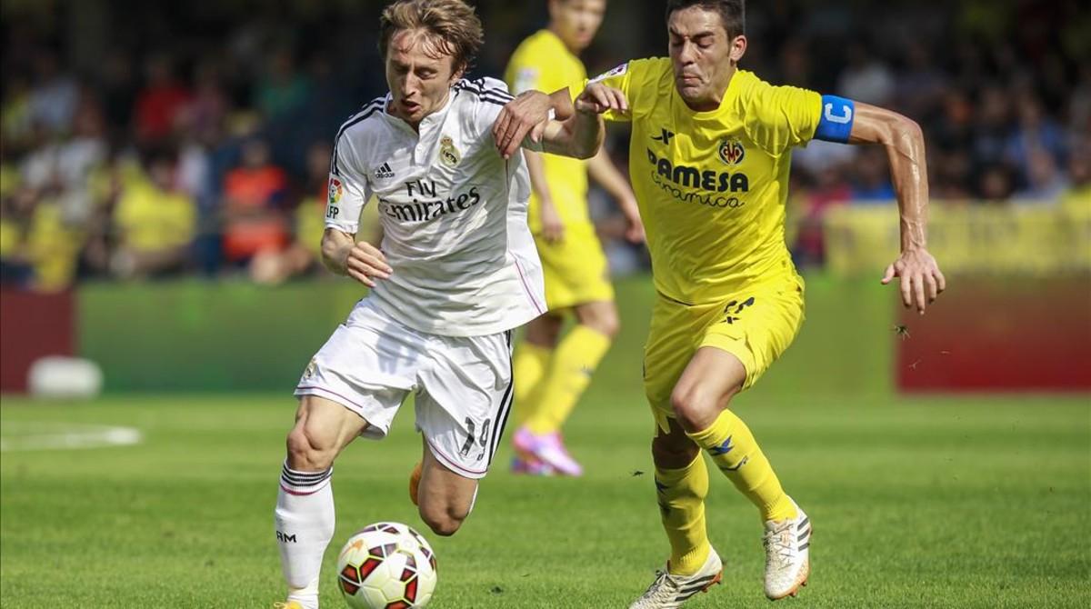 Modric, durante un partido entre el Villarreal y el Madrid.
