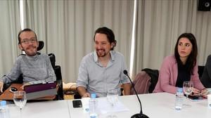 Pablo Iglesias, entre Pablo Echenique e Irene Montero, en el Consejo Ciudadano de Podemos