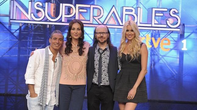 Pitingo, Ana Milán, Santiago Segura y Carolina Cerezuela, en el plató de Insuperables.