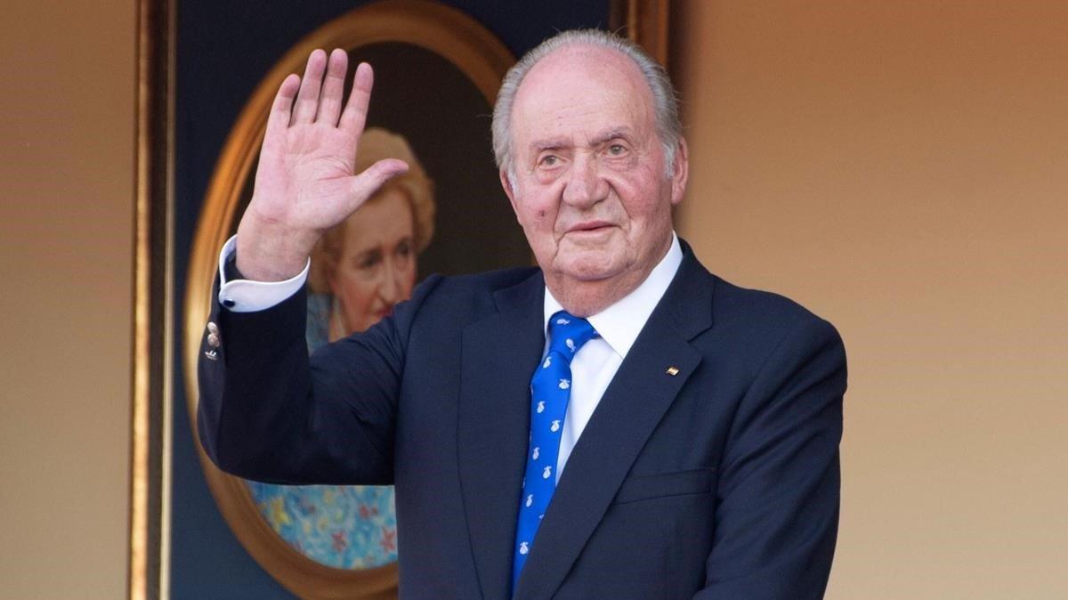 El rey Juan Carlos I abandona España: últimas noticias en DIRECTO